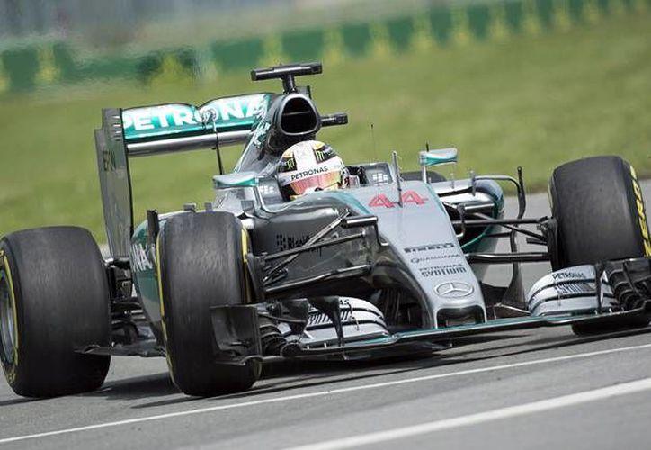 El británico Lewis Hamilton volvió a mostrar su autoridad durante los ensayos del Gran Premio de Canadá, tras dominar la tabla de tiempos. (AP)