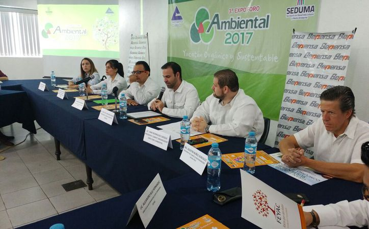 Empresarios y Gobierno se unieron para organizar la III edición de Expo Foro Ambiental. (José Acosta/SIPSE)