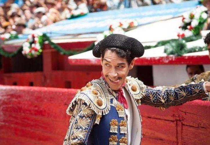 El largometraje mexicano 'Cantinflas' recibió varios galardones a pesar de que aún no tiene distribución en España, al recibir el premio de mejor película y mejor actor. (Notimex)