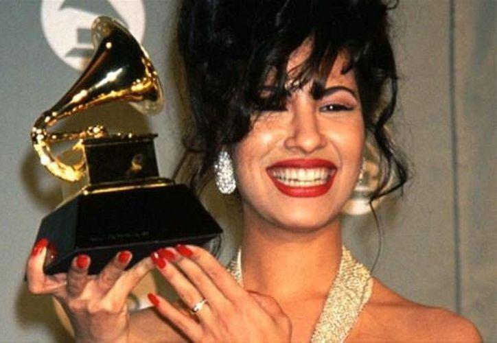 Investigan un incumplimiento de pago por hasta 3 millones de dólares a favor de Selena Quintanilla. (alianzadenoticias.com)