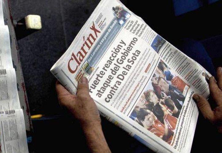 La Presidenta está enfrentada con El Clarín por la postura crítica sobre su gobierno. (Archivo/Agencias)