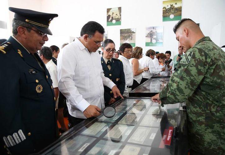 En el Museo del Mundo Maya, los yucatecos podrán admirar monedas y documentos históricos de México. (Cortesía)