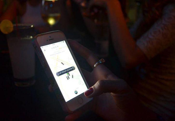 Uber tiene un nuevo 'código de conducta' para reforzar su seguridad. Imagen de contexto.(acebook.com/UberMexico)