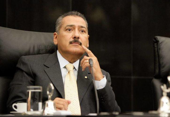 Beltrones afirmó que su bancada buscará fortalecer la economía nacional impulsando la productividad. (Archivo/SIPSE)