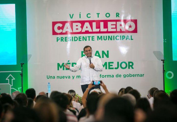 Caballero Durán ofrece acciones innovadoras como la concertación de un mando único con la policía estatal, la desconcentración de los servicios públicos municipales y medidas para la aumentar la movilidad urbana. (Milenio Novedades)
