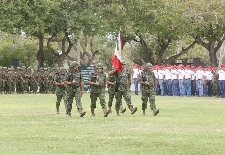 La ceremonia de toma de protesta de los 552 conscriptos se realizó en el XI Batallón de Infantería. (Cortesía)