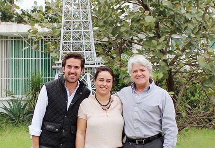 Pablo Gamboa Miner, Marion Lecar Donnel y Mario Ancona Teigell. (Milenio Novedades)