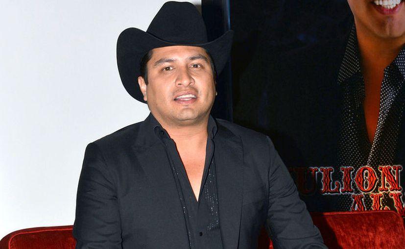 El cantante trató de interceder tras la noticia que recibió el rechazo de su novia. (Foto: Contexto)