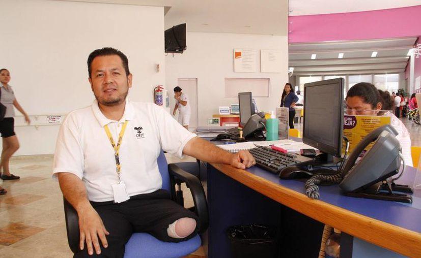 Hay personas con ciertas discapacidades a las que se les hace más fácil obtener un empleo. (Tomás Álvarez/SIPSE)