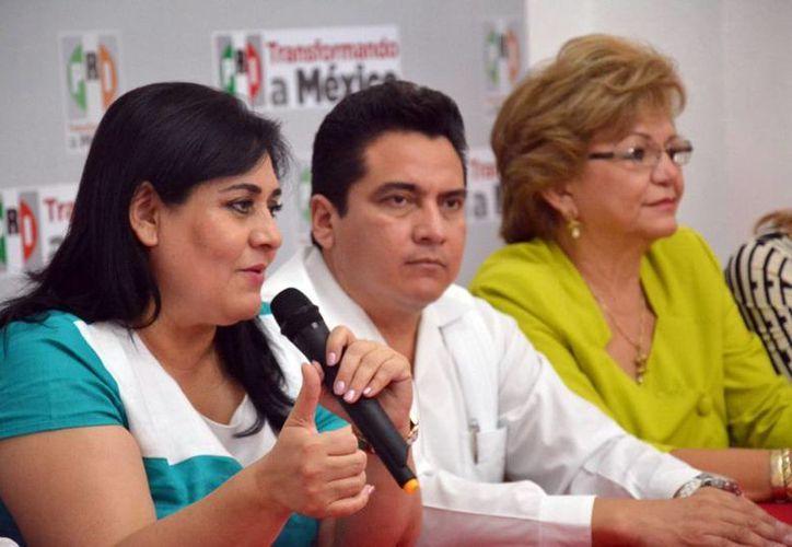 La líder del Organismo Nacional de Mujeres Priistas, Diva Gastelum Bajo, subrayó la importancia de la participación de la mujer en la democracia. (SIPSE)