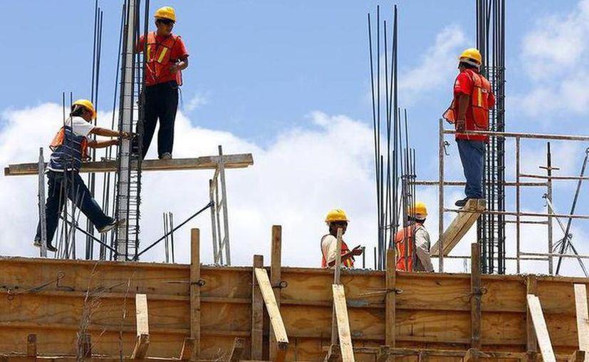 Son muy pocas las empresas que han podido sostener su planta laboral y el desempleo va en aumento. (Archivo/Novedades Yucatán)