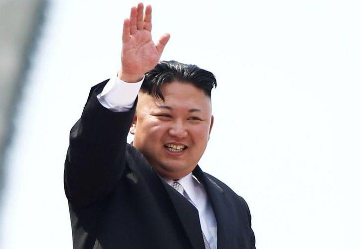 """Kim y el presidente surcoreano, Moon Jae-in, se comprometieron a colaborar para conseguir la """"desnuclearización completa"""". (Internet)"""