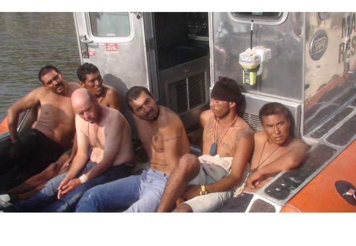 Una vez controlado e motín, se analizarán las peticiones de los internos. La imagen es de prófugos de Islas Marías recapturados en noviembre de 2011. (militarismomexico.blogspot.mx)