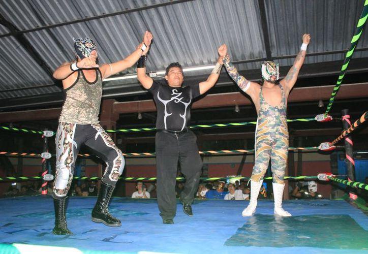 """""""Tiger"""" y el aéreo cancunense """"Ángelus"""" se llevaron la victoria. (Raúl Caballero/SIPSE)"""