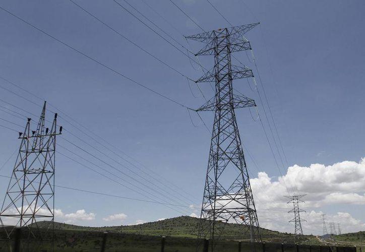 La electricidad fue uno de los principales productos que registraron un aumento quincenal. (Archivo/Notimex)