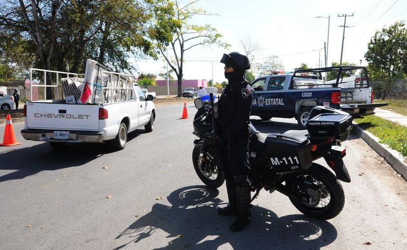 Señalan que los ladrones se aprovechan de la falta de policías y de alumbra público para realizar sus cometidos. (Carlos Castillo/SIPSE)