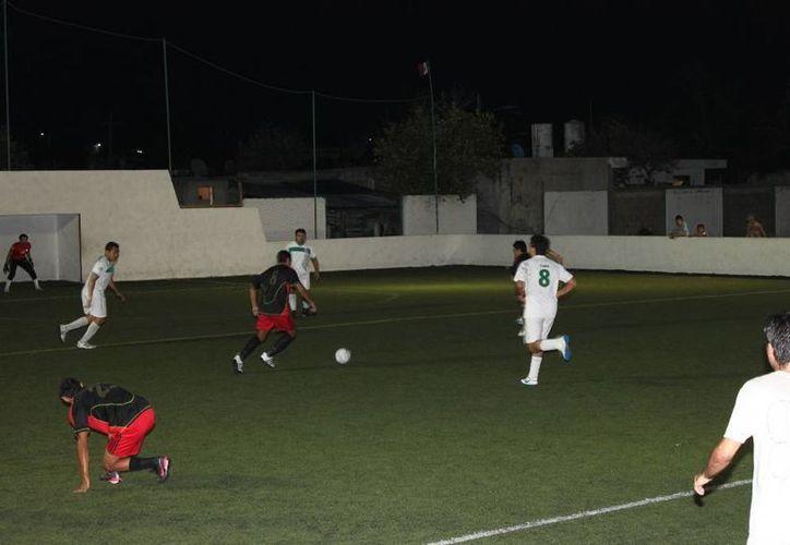 Los jugadores buscan el título de goleo individual. (Alberto Aguilar/SIPSE)