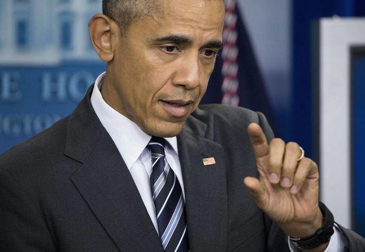 El presidente de EU defendió la política económica demócrata ante los ataques de los republicanos en plena carrera electoral. (AP)