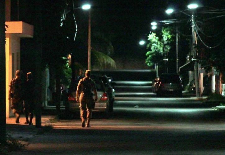Elementos patrullan desde hace varias semanas las calles de Cozumel. (Gustavo Villegas/SIPSE)