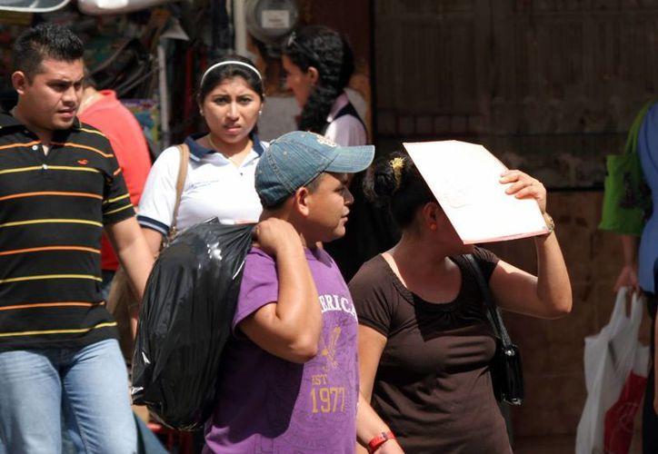El calor imperó durante todo el día en Mérida. (Christian Ayala/SIPSE)