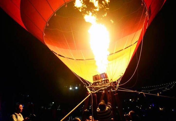 A menos de dos meses para que se realice 'El globo en Yucatán 2017', el Festival Internacional de Cultura y Arte todavía no tiene permisos para que globos aerostáticos sobrevuelen el cielo yucateco. (SIPSE)