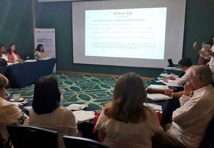 En la reunión participan representantes de 15 estados. (Redacción/SIPSE)