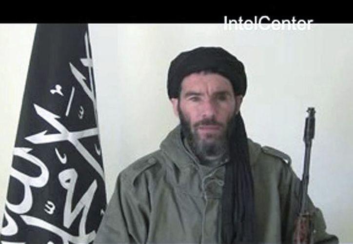 Mojtar Belmojtar, líder del grupo radical cercano a Al Qaeda que asume la autoría del ataque terrorista contra  instalaciones de gas en Argelia. (EFE)