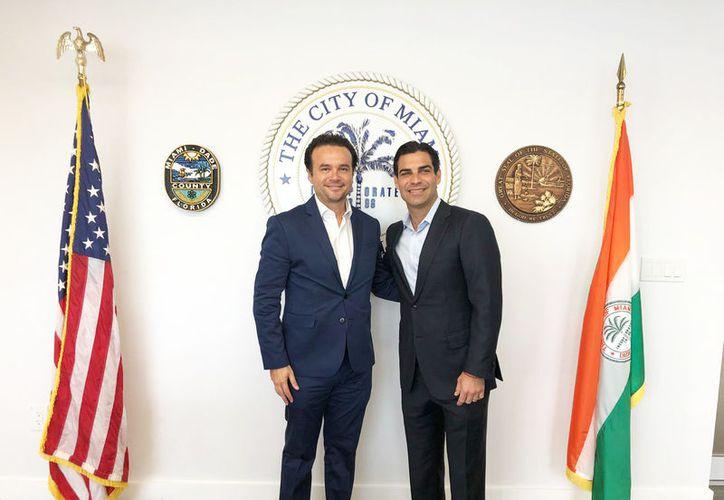El próximo alcalde se reunió con varias personalidades para estrechar lazos de cooperación económica. (Redacción/SIPSE)