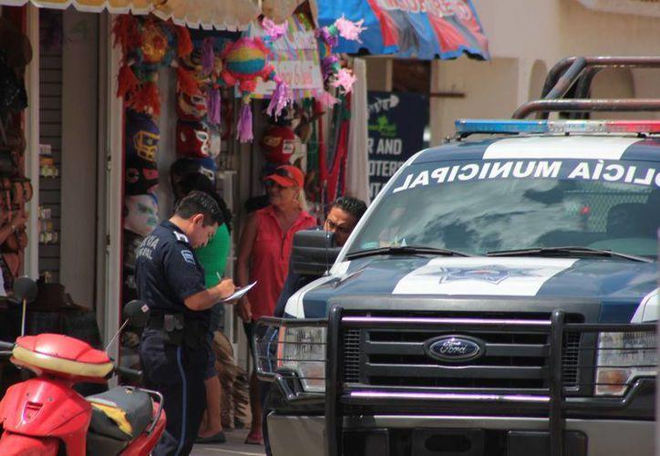 Un sujeto fue detenido por introducirse a un restaurante durante la noche ilegalmente.  Lo hallaron en ropa interior.  (Contexto/SIPSE)