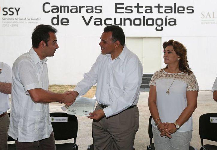 Imagen del evento realizado en el Laboratorio Estatal de Salud Pública dirigido por el gobernador Rolando Zapata Bello. (Milenio Novedades)
