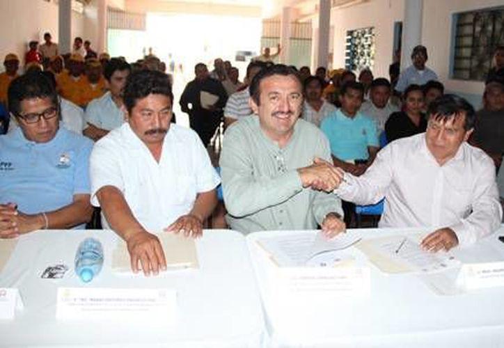 Autoridades de los tres ordenes de gobierno instauraron el comité para la prevención de incendios forestales. (Redacción/SIPSE)