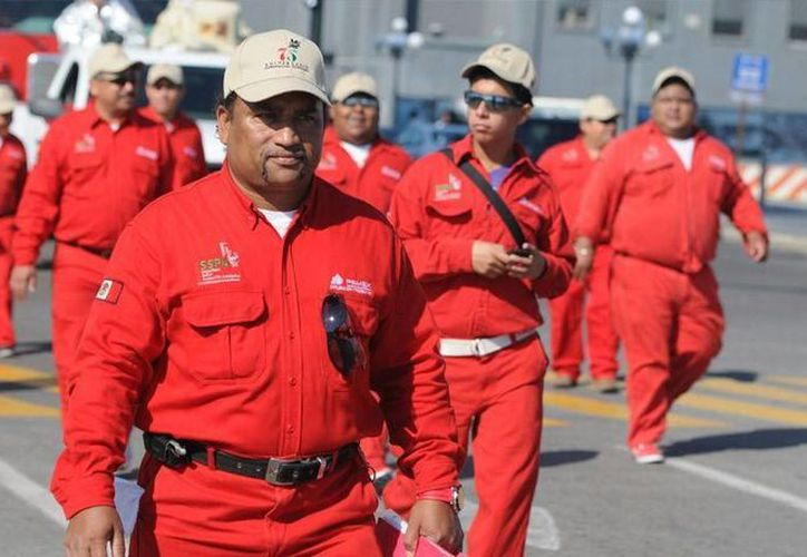 El proyecto de presupuestos de 2017 prevé una reducción de más de nueve mil trabajadores, la habría comenzado a producirse de manera escalonada desde la entrada de José Antonio González Anaya.  (elnoticieroenlinea.com)