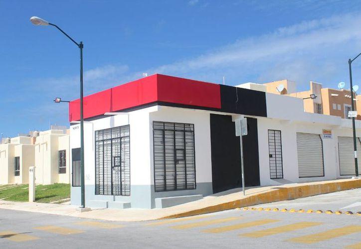 Los habitantes de la zona señalan que los locales fueron construidos de manera irregular. (Daniel Pacheco/SIPSE)