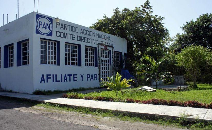 El secretario general del PAN, Juan Carlos Pallares Bueno, dijo que quienes se quedaron en el partido tienen bien puesta la camiseta. (Juan Palma/SIPSE)