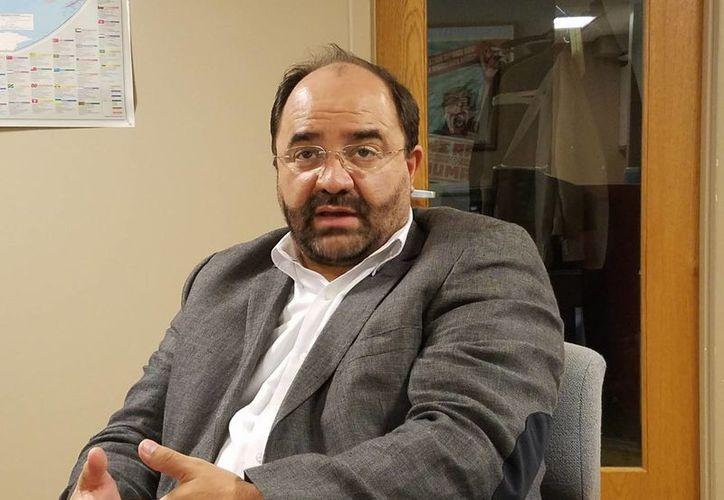 Emilio Álvarez Icaza, ecretario de la Comisión Interamericana de Derechos Humanos, dijo que hablar de derechos humanos en México 'se ha vuelto muy doloroso'. (Archivo/NTX)
