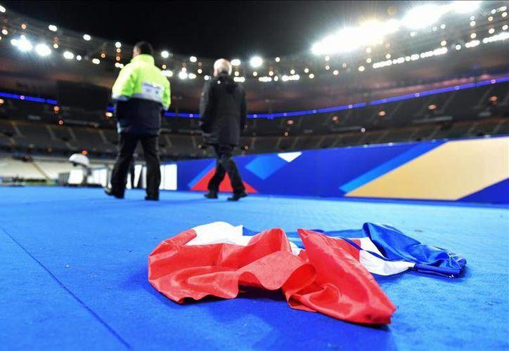 Tras los atentados en París de la semana pasada se anuló toda competición deportiva en Francia. Sin embargo, este fin de semana el futbol profesional volverá a las canchas. (Archivo EFE)