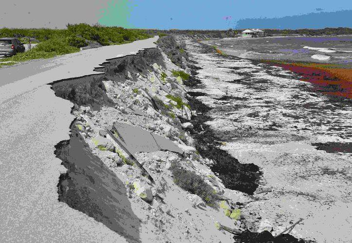 El deslave de la ciclovía inaugurada, pasó de unos 50 metros a 150. (Foto: Gustavo Villegas)