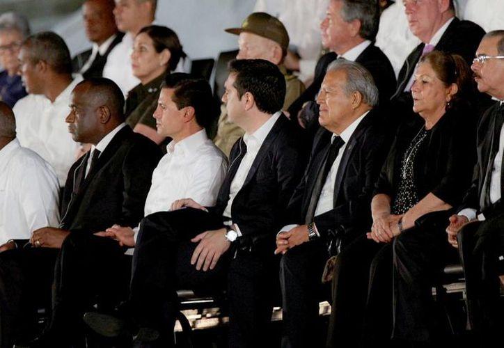 Peña Nieto fue uno de los tantos mandatarios que acudieron a la capital cubana para los funerales de Fidel Castro. (Notimex)