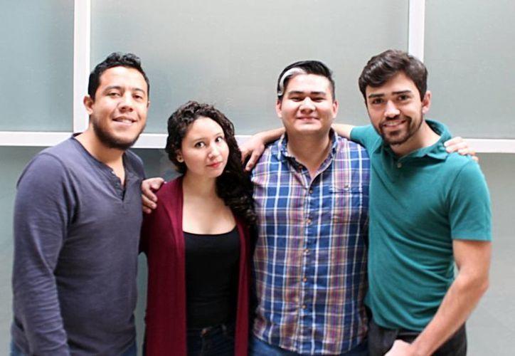 Fotografía de los integrantes del equipo de MiEnvio.mx, que participó en el evento en Chile.(Milenio Novedades)