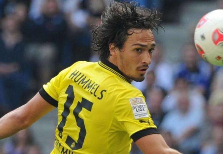 Matt Hummels, uno de los defensas más importantes del Borussia Dortmund, es uno de los 23 jugadores convocados para jugar con Alemania la Euro 2016. (resumensports.com)