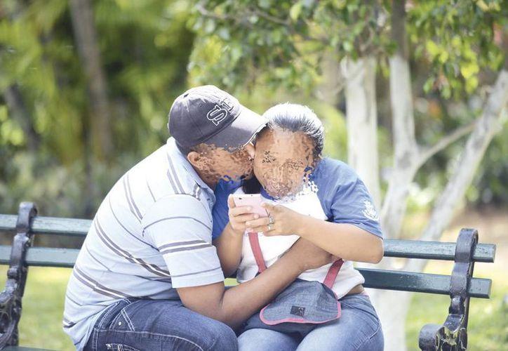 La infidelidad virtual es cada vez más común entre yucatecos. (Imagen ilustrativa/ Milenio Novedades)