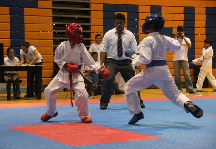 Con la participación de los mejores exponentes del karate en el estado alistan la Copa Palavicini 2014. (Redacción/SIPSE)