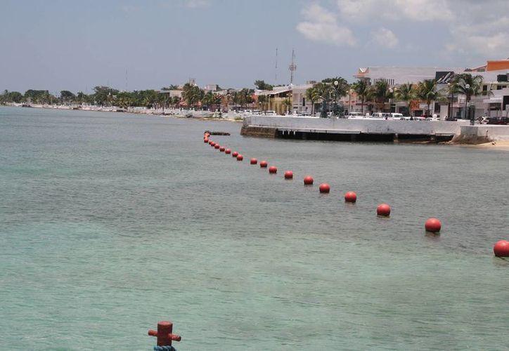 La zona a recuperar en el proyecto va del muelle de pasajeros hasta Playa Casitas. (Julián Miranda/SIPSE)
