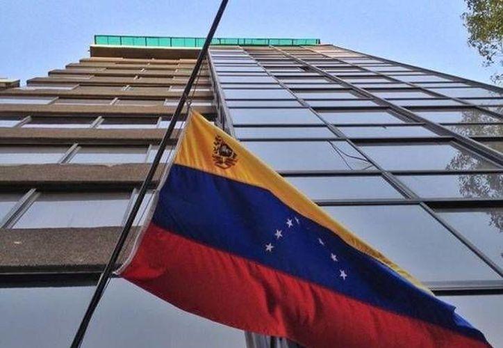 La embajada de Venezuela en México dijo que sería bueno investigar los señalamientos del ministro Miguel Rodríguez. (Excélsior)