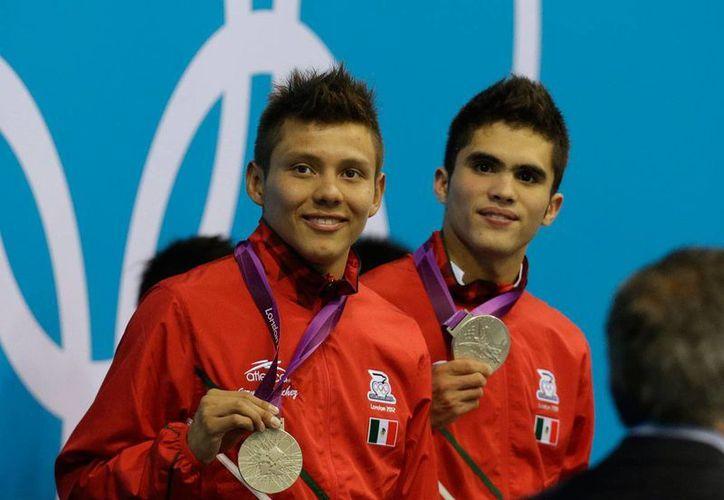La dupla mexicana buscará revalidar la medalla de plata que se adjudicaron en la disciplina de clavados en Londres 2012. (Notimex)