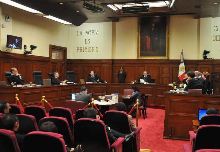Norma Lucía Piña Hernández y Javier Laynez Potisek, los nuevos ministros de la SCJN, se integrarán este martes. (Notimex)