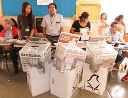 Copiosa participación 'traba' cuenta de votos