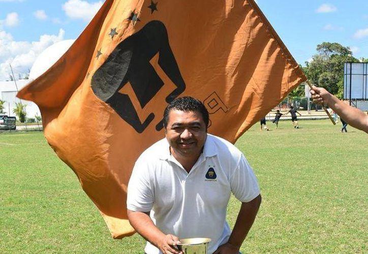 García Ceballos habla del significado de crear toda una época en la Liga más competitiva del fútbol amateur quintanarroense, y de su pasión por los Pumas de la UNAM de la Primera División. (Ángel Mazariego/SIPSE)