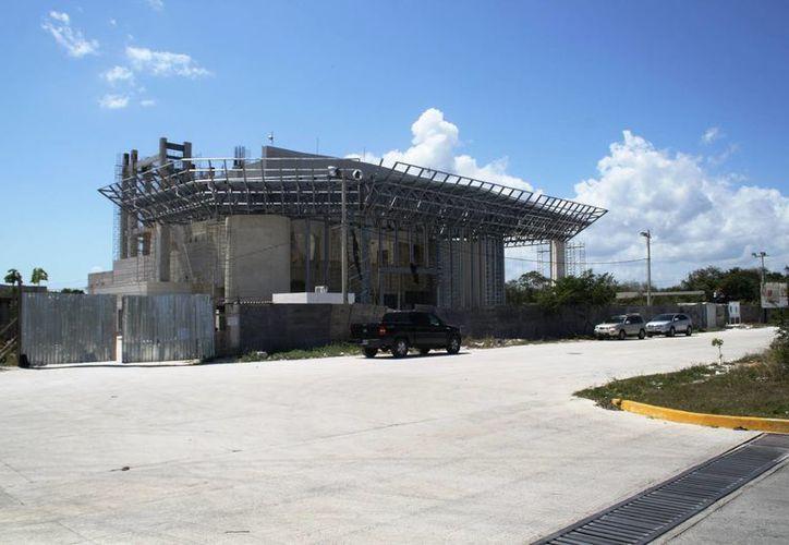 Se espera que el Teatro de la Ciudad sea inaugurado el 28 de julio próximo. (Daniel Pacheco/SIPSE)