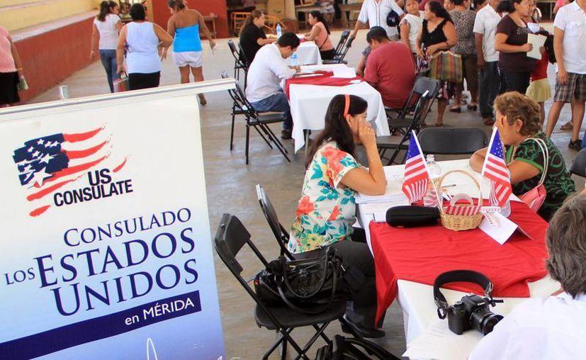 Dan certeza migratoria a los yucatecos en comisarías. (Milenio Novedades)